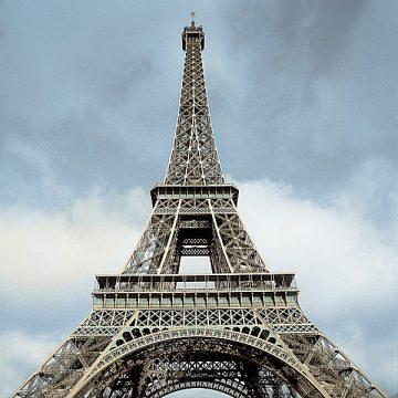 B2923D - Blaustein, Alan - Eiffel Tower