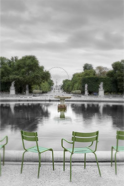 B3428D - Blaustein, Alan - Tuileries Fountain #1