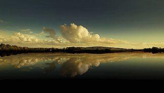 G651D - Gonçalves, Adelino - Cloud Reflection