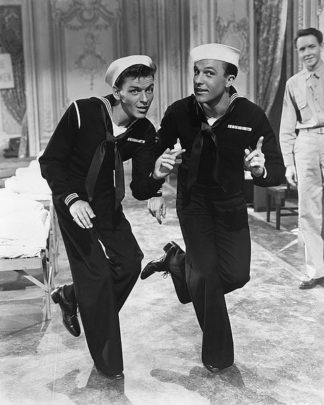 H1359D - Unknown - Anchors Aweigh 1945 with Frank Sinatra and Gene Kelly