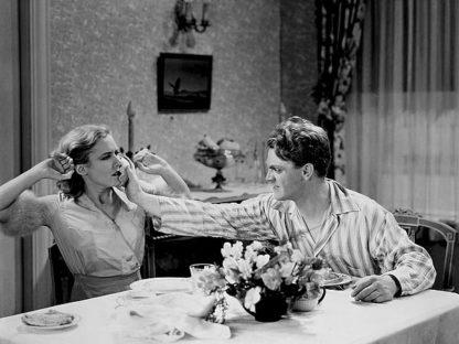 H1372D - Unknown - James Cagney & Mae Clark 'Public Enemy' 1931