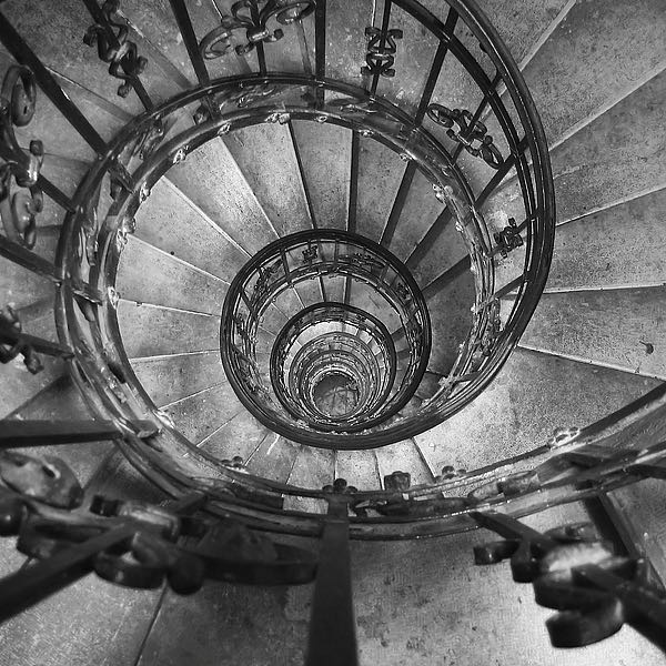 IN255_2 - PhotoINC Studio - Spiral Staircase No. 2