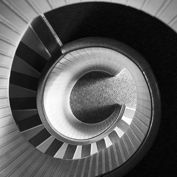 IN255_4 - PhotoINC Studio - Spiral Staircase No. 4