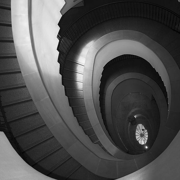 IN255_5 - PhotoINC Studio - Spiral Staircase No. 5