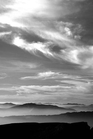 IN30771 - PhotoINC Studio - Black & White Sky