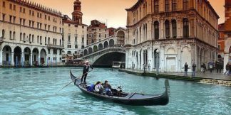 IN30839 - PhotoINC Studio - Venice