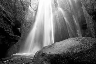 IN32221 - PhotoINC Studio - Waterfall
