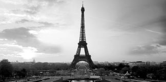 IN34074 - PhotoINC Studio - The Eiffel Tower