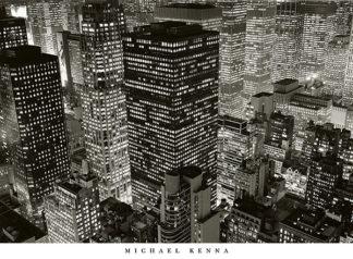 K537 - Kenna, Michael - Mary Poppins over Midtown, NY 2006