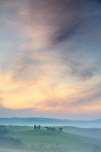 M996D - Mumford, Andy - Capella di Vitaleta at Dawn – Tuscany II