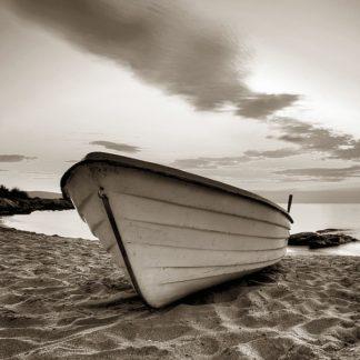 P894D - PhotoINC Studio - Boat on the Beach