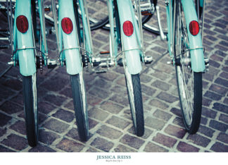 R870 - Reiss, Jessica - Bicycle Line Up 1
