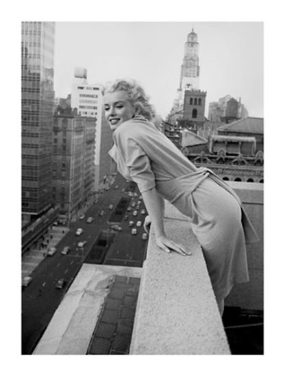 F293 - Feingersh, Ed - Marilyn Monroe at the Ambassador Hotel