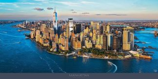 P1089 - Plisson, Philip - New York between Sky & Sea