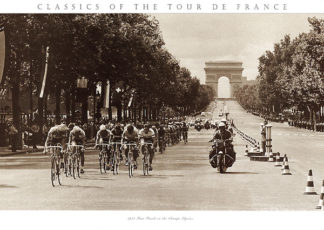P368 - Presse 'E Sports - 1975 Tour Finish on the Champs Élysées