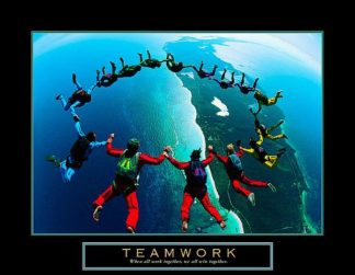 U455 - Unknown - Teamwork – Skydiving