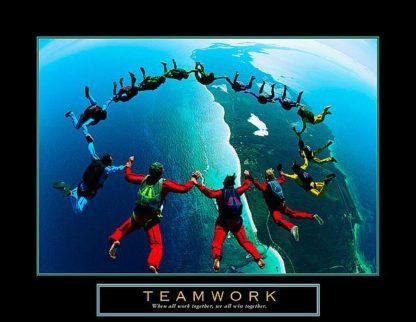 U455 - Unknown - Teamwork – Skydiving