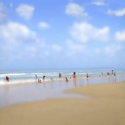 P1169D - Pardo, Yigal - At the Beach No. 1