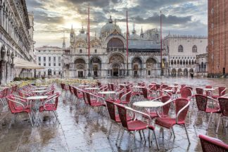 B4004D - Blaustein, Alan - Piazza San Marco At Sunrise #14