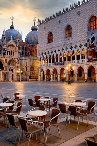 B4030D - Blaustein, Alan - Piazza San Marco At Sunrise #2
