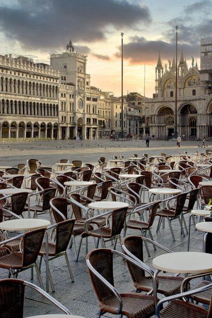 B4055D - Blaustein, Alan - Piazza San Marco Sunrise #8